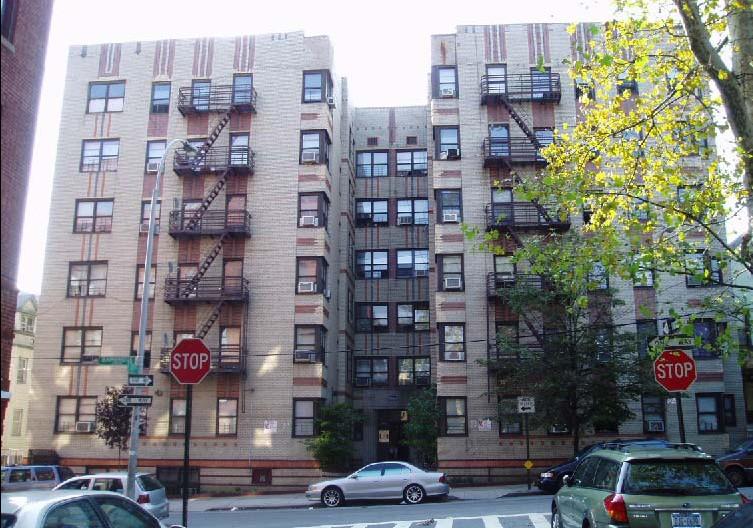 Bedford Park Apartments